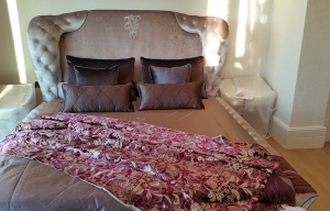 Yatak örtüsü, runner ve yastıklar